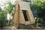Выбираем дизайн и самостоятельно строим колодезный домик
